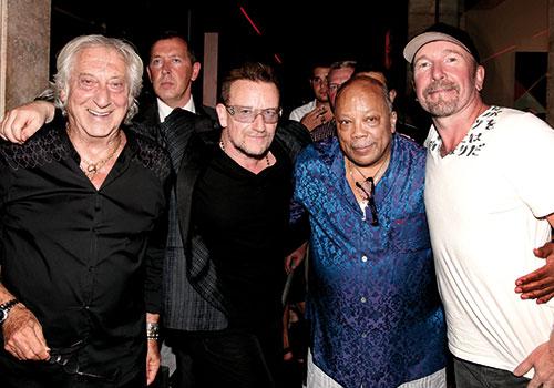 Sassa, Bono, Quincy Jones et The Edge.