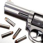 Armes-Revolver-iSt16146459