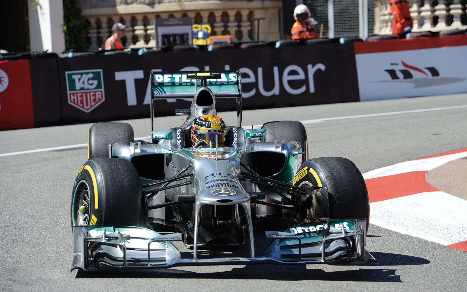GP-F1-2013-Lewis-Hamilton-Virage-Fairmont