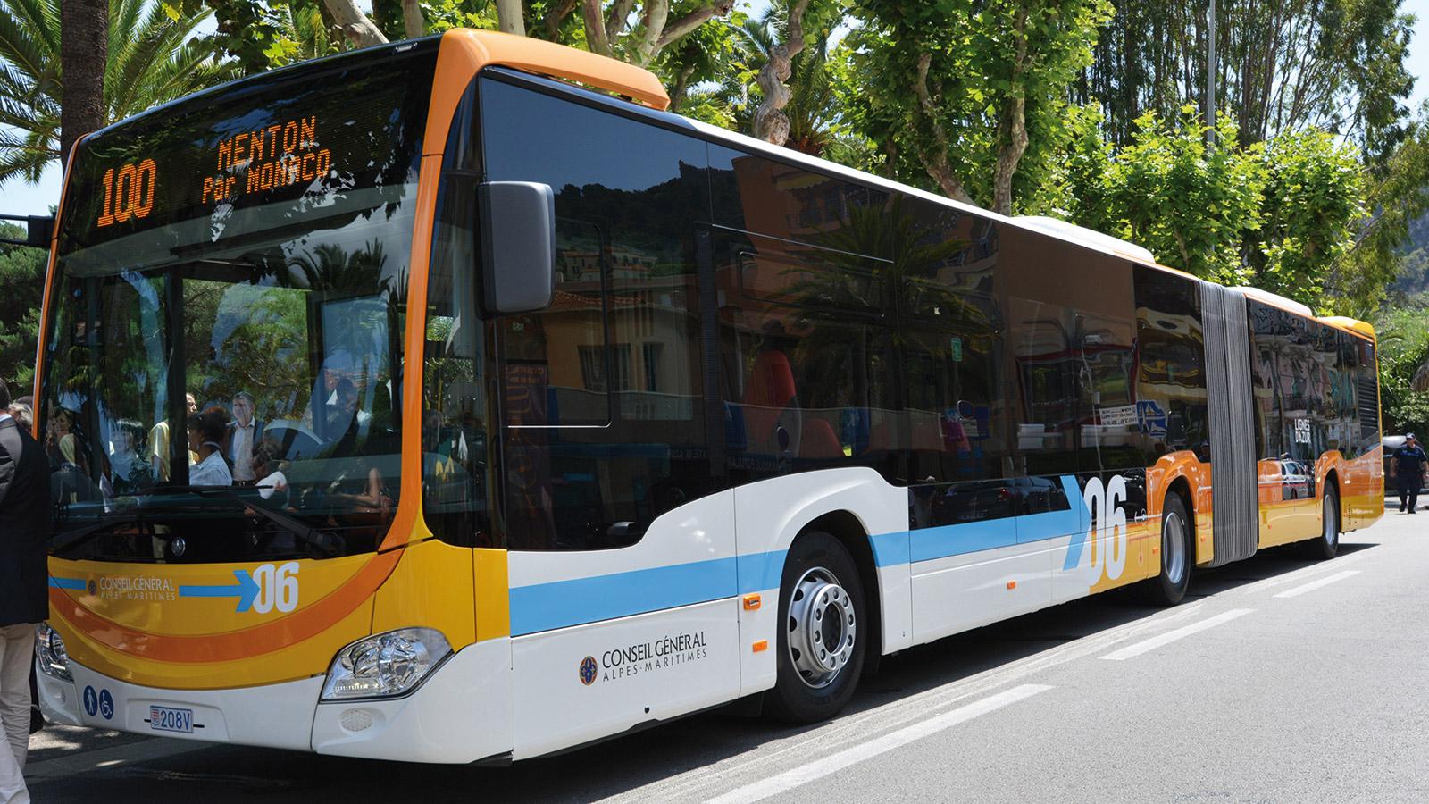 Ligne n°100<br/>Le pari des bus XXL