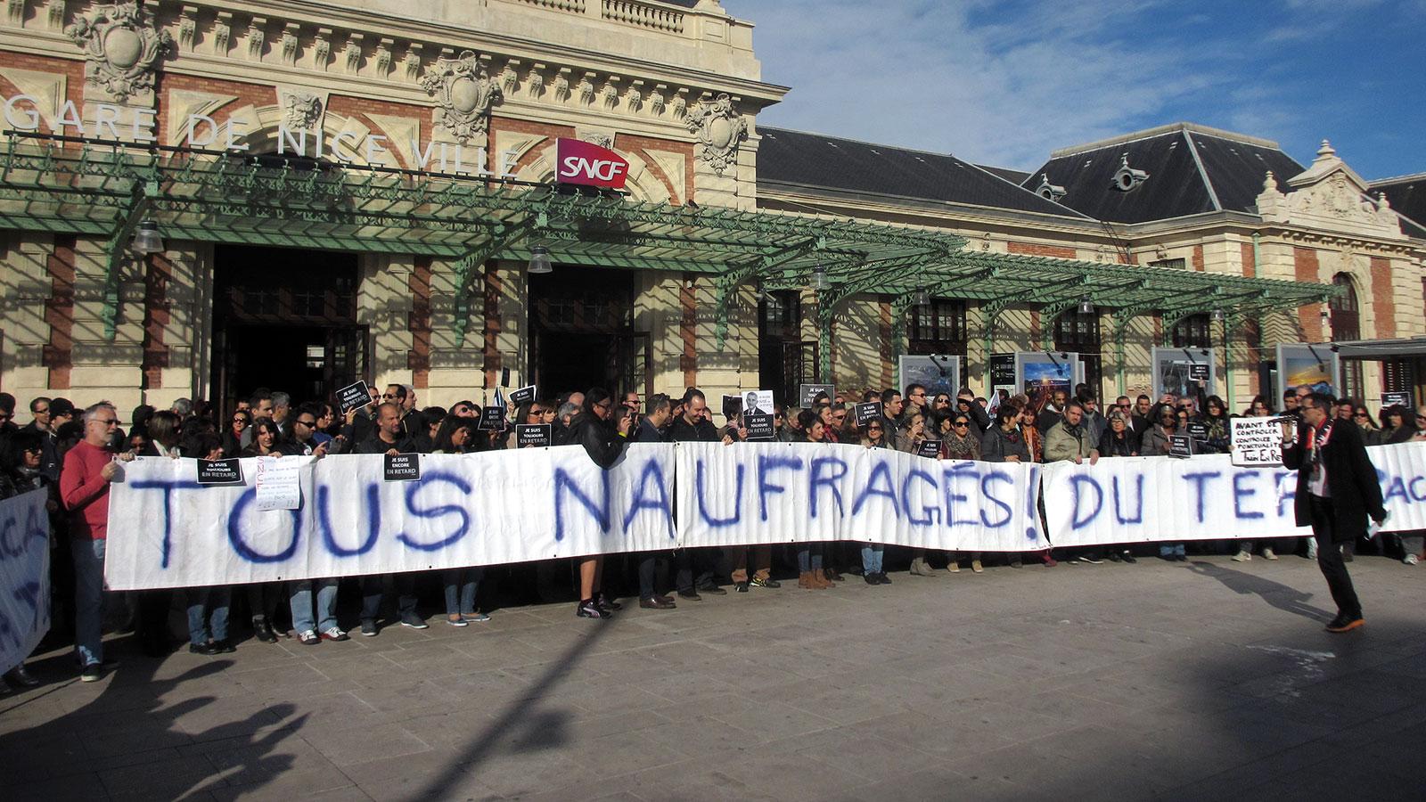 Naufrages-TER-PACA-manif-gare-SNCF-NICE-24-janvier-2015-(3)