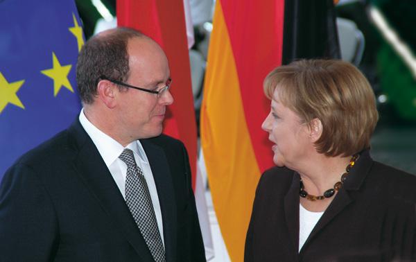 INTERNATIONAL/Albert II with Angela Merkel in Berlin in 2008. © Photo Palais Princier