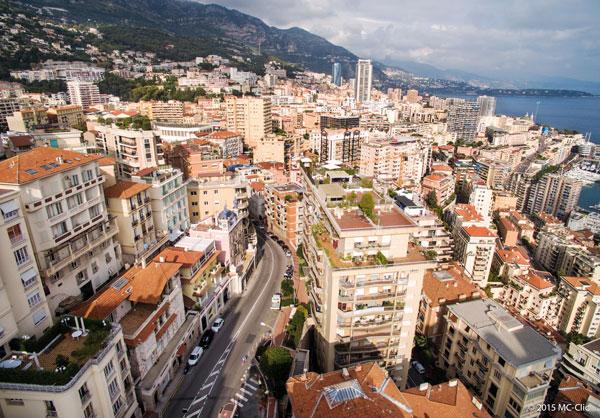 IMMOBILIER Même si le quartier présente de belles surfaces et, dans  certains immeubles, d une vue plongeante sur Monaco, ce sont d abord les  prix qui ... ebc62aa9180