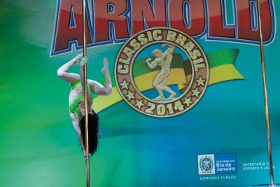 Pole-Dance-IMG_6930-@MC-Pole-Fitness