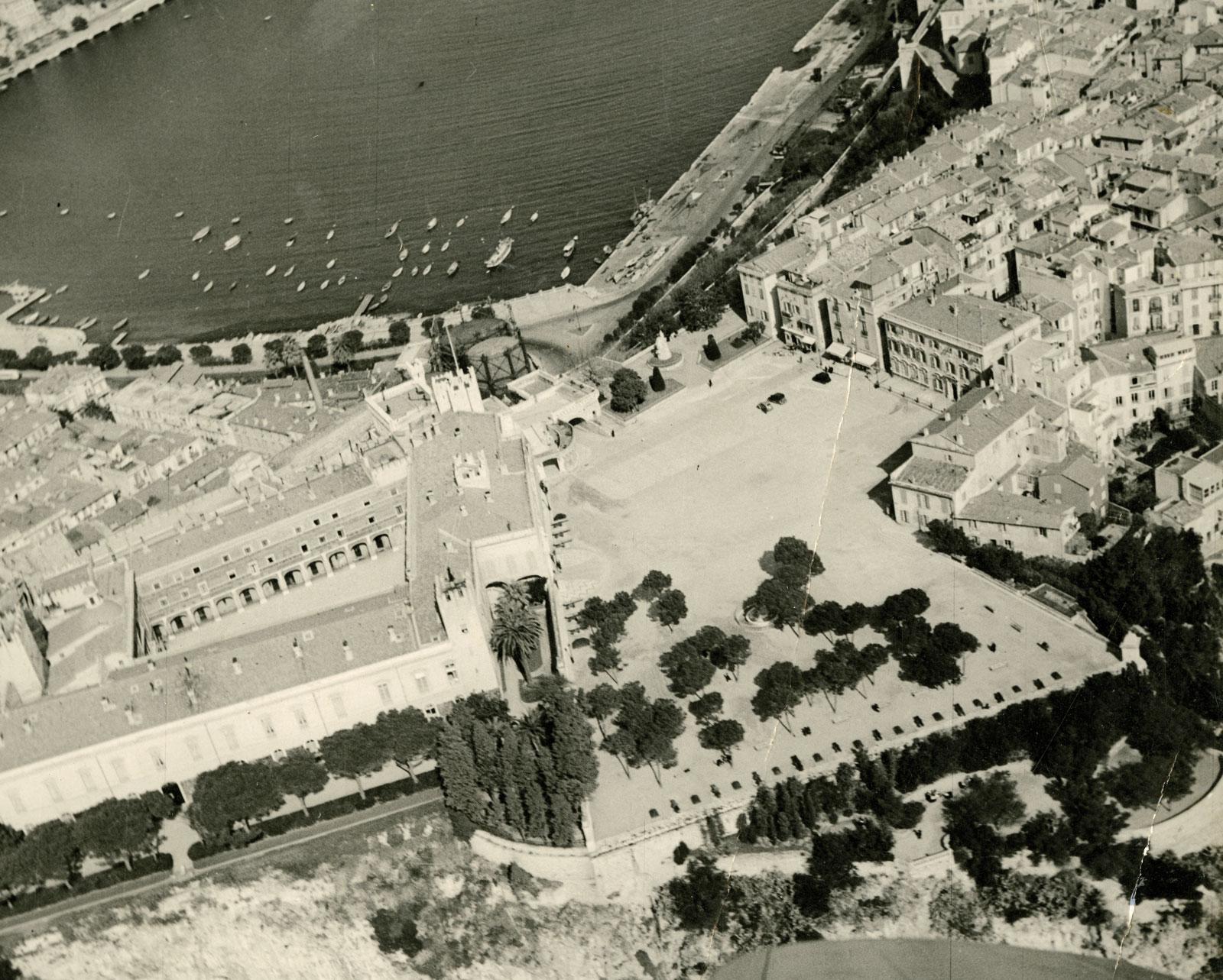 Seconde-guerre-Mondiale-Monaco-Avion-fantome-@DR