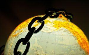 Liberte-terrorisme-terre-securite-iSt610760