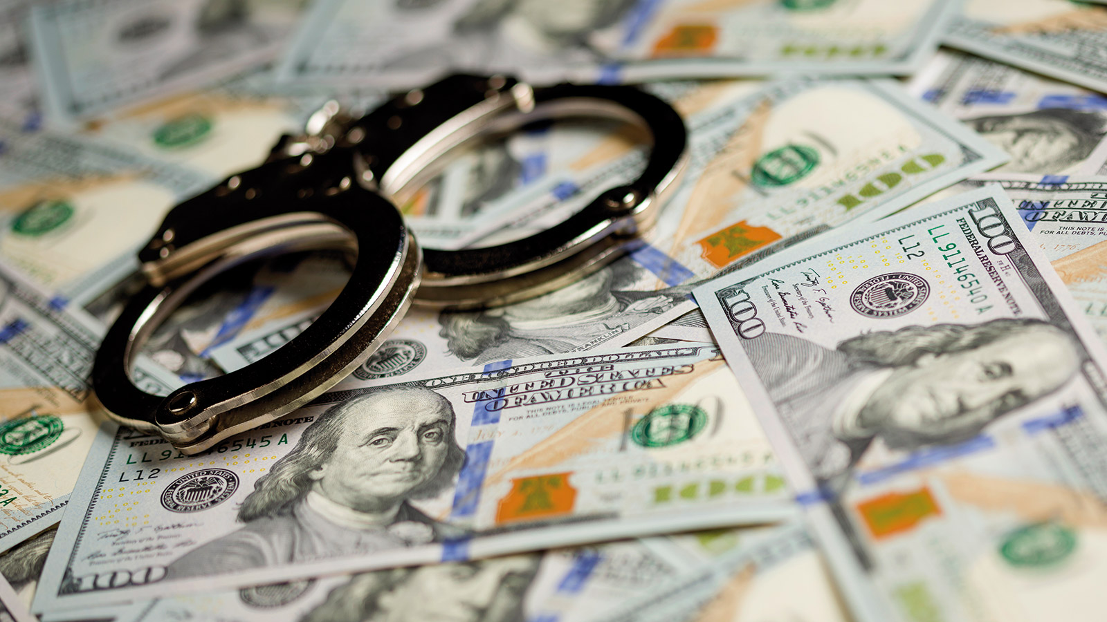 Argent-billets-Dollars-menottes-iSt29129744XXXL