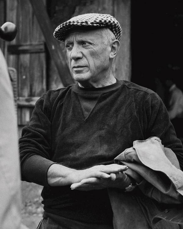 Expo-Picasso-sans-cliche-@-Edward-Quinn-Madoura-Vallauris-1953