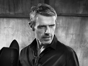 Lambert-Wilson-@-Vincent-Peters-4135-01