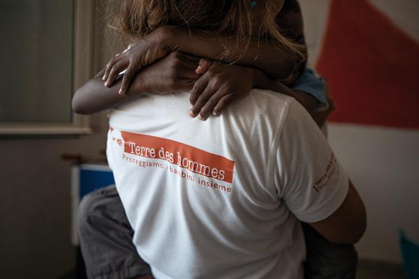 ITW-Caroline-Terre-des-Hommes-Enfants-Migrants-Italie-TDH_Sicilia_41