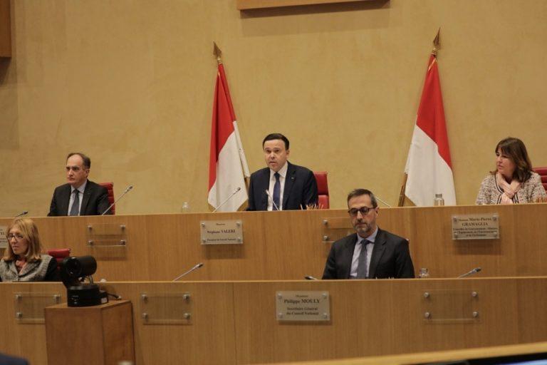 Covid-19 : Le conseil national demande la constitution <br/>d'un « groupe mixte de coordination »