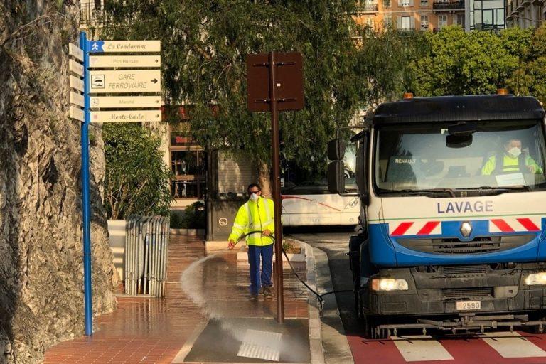 CORONAVIRUS : Trottoirs, quais de gare, ascenseurs publics et rampes désinfectés à Monaco